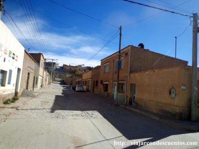 Regreso. Calles de Humahuaca