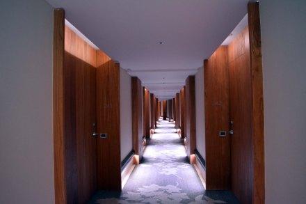 pasillo-a-habitaciones-arakur